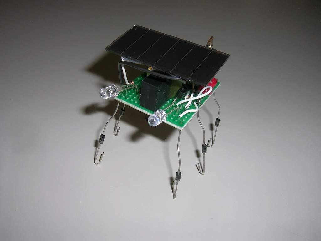 Solar Powered Picaxe Microbot  Vibrobot
